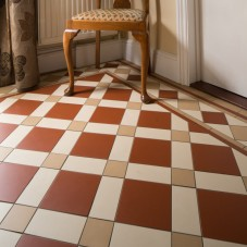 Original Style_VFT_Falkirk Red, White & London Stone with Melville border_location